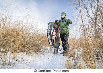 montando, gorda, bicicleta, em, inverno