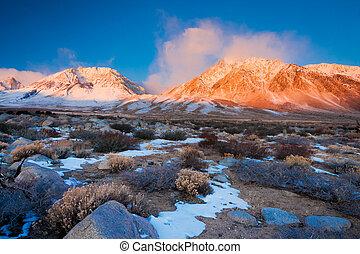 montanha, amanhecer