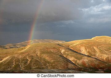 montanha, arco íris
