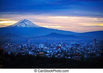 montanha, noturna, vista, cidade, méxico