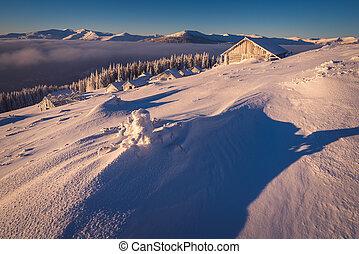 montanha, paisagem inverno, vila