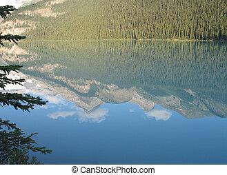 montanha, reflexão, em, água lago