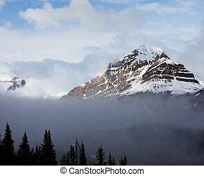 montanhas, canadense