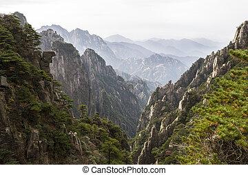 montanhas, durante, estação, china, amarela, outono