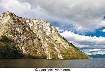 montanhas, e, fjord, em, noruega