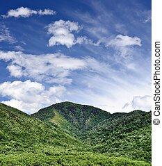 montanhas, esfumaçado