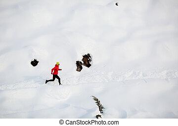 montanhas, executando, mulher, inverno