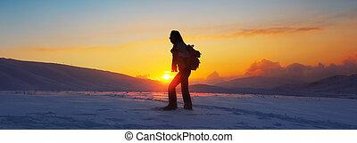 montanhas, mulher, inverno, hiking, viajante