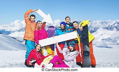 montanhas, rir, fundo, snowboarders