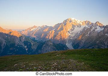 monte, bianco, o, mont blanc, a, alba, italiano, lato