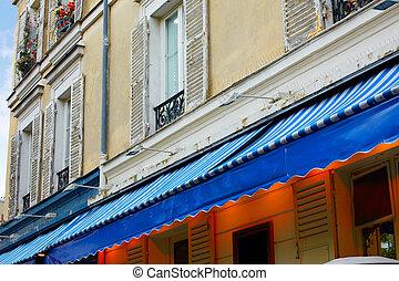 Montmartre place du Tertre Paris facades