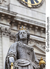 Monument to Queen Anne in front of the St Paul's Cathedral, London, United Kingdom