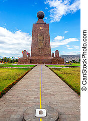 Monument to the Equator - View of the Mitad del Mundo ...