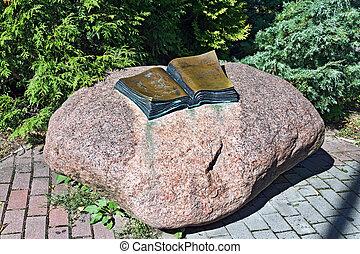 Monument to Thomas Mann. Svetlogorsk (until 1946 Rauschen)