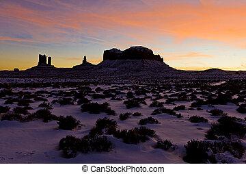 monument valley, parque nacional, después, ocaso, utah-arizona, estados unidos de américa