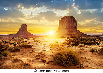 Monument Valley - Sunset at the sisters in Monument Valley,...
