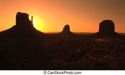 Monument Valley, sunrise, time lapse
