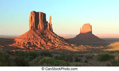 Monument Valley, sunset, time lapse - Sunset on the Mittens,...