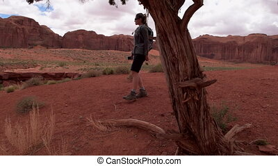 Monument Valley Totem Pole Girl Hiker - Woman Hiker...
