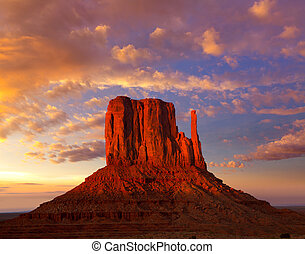 Monument Valley West Mitten at sunset sky - Monument Valley...
