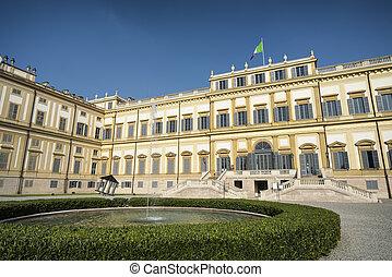 Monza (Italy): royal palace