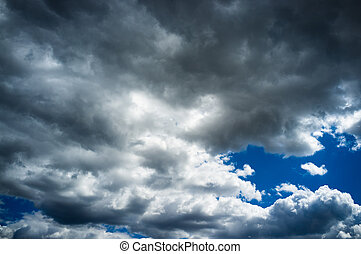 Moody sky - Blue sky strongly overcasting with storm clouds