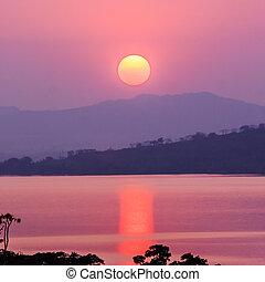mooi, berg, ondergaande zon , meer