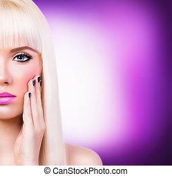 mooi, blonde, meisje, manicure