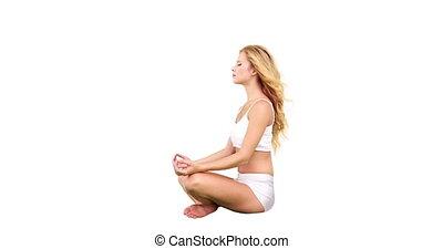 mooi, blonde, zittende , in, lotus maniertje