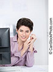 mooi, businesswoman, in, kantoor