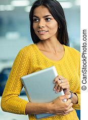 mooi, businesswoman, vasthouden, tablet, computer