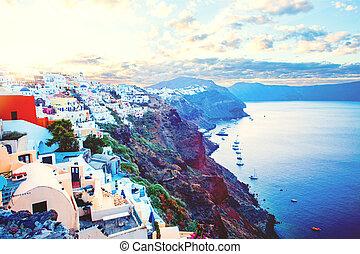 mooi, eiland, kleurrijke, daken, architectuur, hemel, tegen, huisen, santorini, greece.