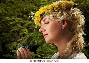 mooi en gracieus, vrouw, met, een, vlinder