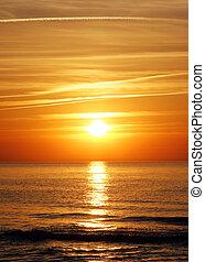 mooi, gouden zonsondergang