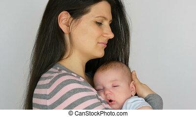 mooi, haar, zuigeling, maand, vasthouden, moeder, donker,...