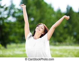 mooi, jonge, brunette, vrouw stretching, om te, de, zon, op,...