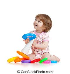 mooi, klein kind, of, geitje, spelend, met, kleur, speelbal