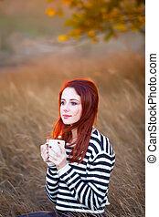 mooi, koffie, vrouw, kop, boompje, jonge, prachtig, achtergrond