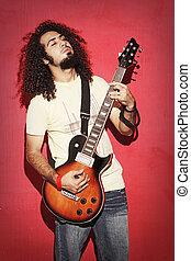mooi, krullend, guitarist, langharige, innige, spelend