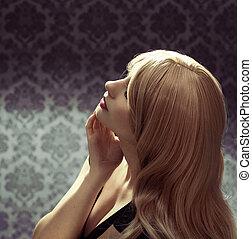 mooi, model, meisje, met, lang, blond haar
