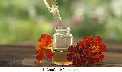mooi, olie, fles, tafel, goudsbloem, essentieel