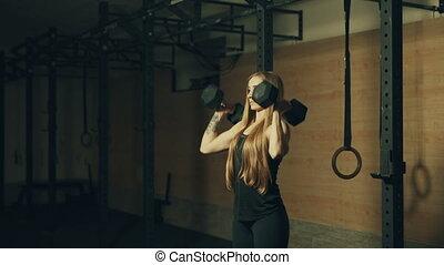 mooi, opleiding, dumbbells, gym, jonge vrouw