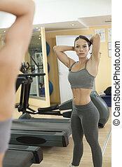 mooi, passen, vrouwen, oefening, in, de, gym.