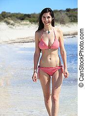 mooi, shapely, vrouw, in, een, bikini