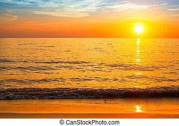 mooi, strand., ondergaande zon , zee