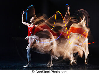 mooie vrouw, beoefenen, dans, jonge, bewegingen