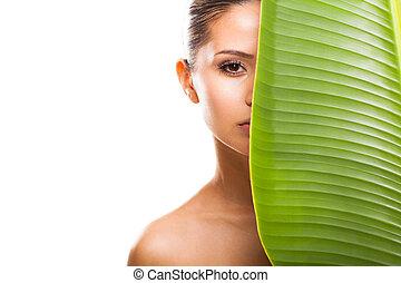 mooie vrouw, blad, gezicht, groene, helft, arcering