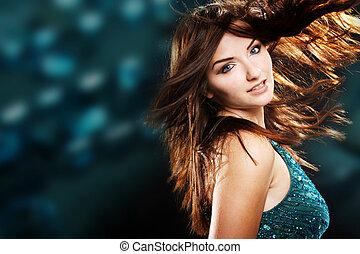 mooie vrouw, dancing, en, het glimlachen