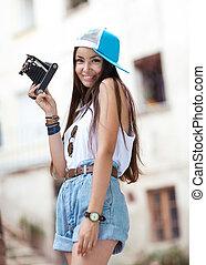 mooie vrouw, filming., jonge, hipster, retro, camera., meisje