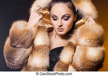mooie vrouw, in, een, pelsjas